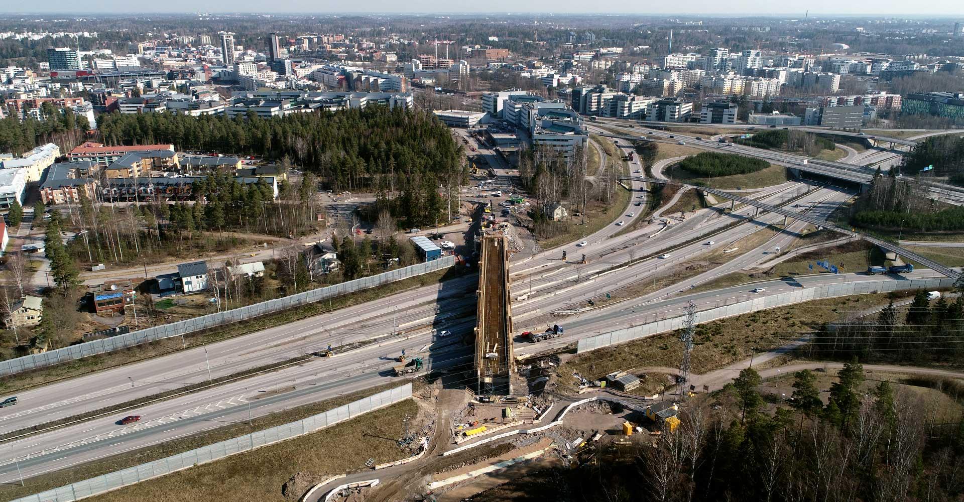Kuva impilahdensillan työmaasta Espoossa